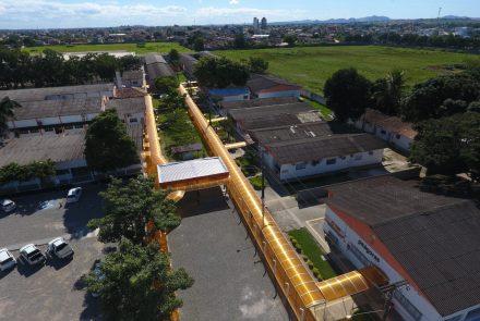 Casa do Policarbonato - Alveolar Amarela